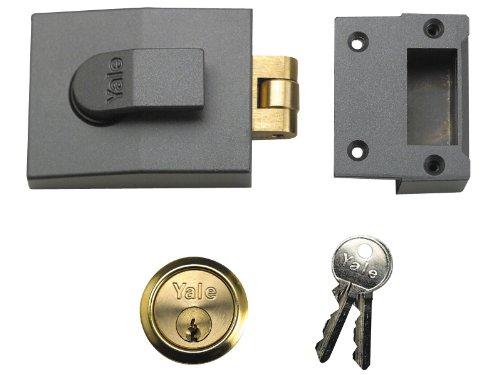 Yale Locks 81 Rollerbolt Nightlatch DMG Brass Cylinder 60 mm Backset Boxed YAL81DMGPB