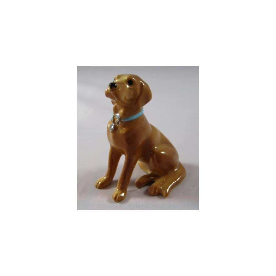 LABRADOR RETRIEVER Dog GOLDEN Yellow Lab w/Blue Collar MINIATURE Figurine Ceramic HAGEN RENAKER 888G