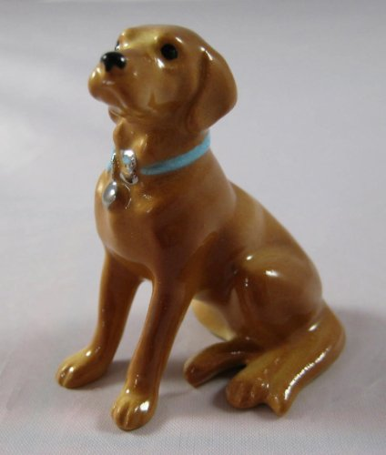 LABRADOR RETRIEVER Dog GOLDEN Yellow Lab w/Blue Collar MINIATURE Figurine Ceramic HAGEN-RENAKER 888G