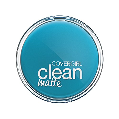 COVERGIRL Clean Matte Pressed Powder, 1 Container (0.35 oz), Classic Ivory Warm Tone, Oil Control Face Powder, Fragrance (Matte Oily Skin Pressed Powder)