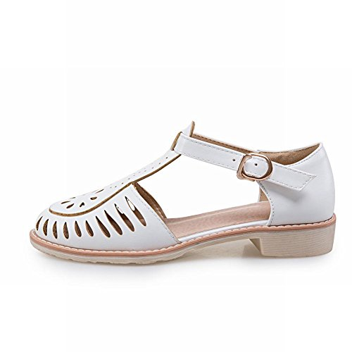 Charm Foot Womens Comfort T Strap Fibbia Svasata Sandali Piatti Bianchi