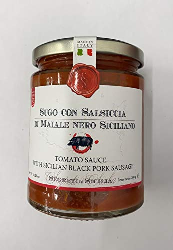 Tomatenpastasaus met Siciliaanse Nebrodi Black Varken Worsten
