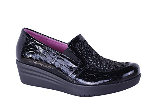 Helle Fashion Comfort Women's Laima Black Comfort Leather Stretch Upper Loafer Size 37
