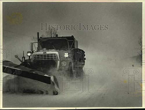 Vintage Photos 1990 Press Photo County Snow plow at Work Near Waupaca, Wisconsin - mjt19140