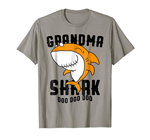 (Grandma Shark T Shirt Mother Grandma Halloween)