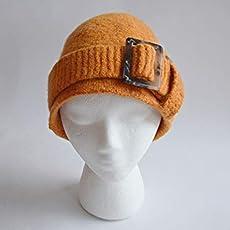 Amazon.com  Handmade Hunter Green Felted Wool Billed Winter Hat ... fb544af18226