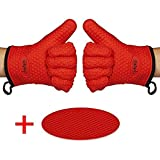 Chefaith Silicone Kitchen Gloves [Barbecue Shredding Smoker Meat Gloves] for Cooking, Baking, BBQ, Grilling [Free Pot Holder as Bonus]- Heat Resistant (Up to 480°F) Oven Mitts, Best Protection Ever