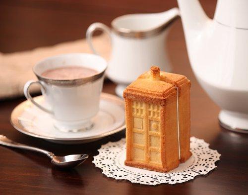 Doctor Who Tardis Gelatin/Cake 2-Piece Mold Set -