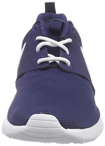 Nike 599728-416: Jongens Roshe Run Sneaker (gs) Midnight Navy / Wit (5 M Ons Groot Kind)
