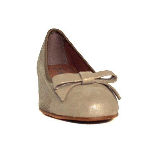 Zapato urbano de mujer - Maria Jaen modelo 4029PN Oro