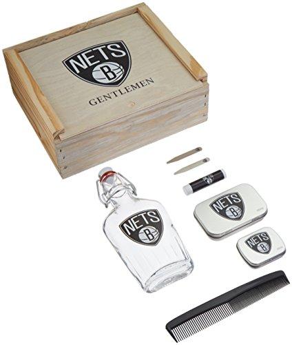 250ml Net (NBA Brooklyn Nets Gentlemen's Gift Box Toiletry Edition 1- 250 ML Glass Swing-Top Bottle, 2 - Brass Collar Stays, 1- Tissue Pack, 1- Comb, Tan, 10