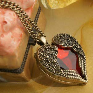 Nattaphol 2018 Hot Fashion Bijoux Retro Palace Hollow Peach Heart Red Crystal Pendants Long Necklace for Women Jewelry