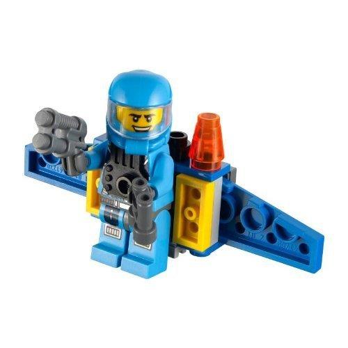 with LEGO Alien Conquest design