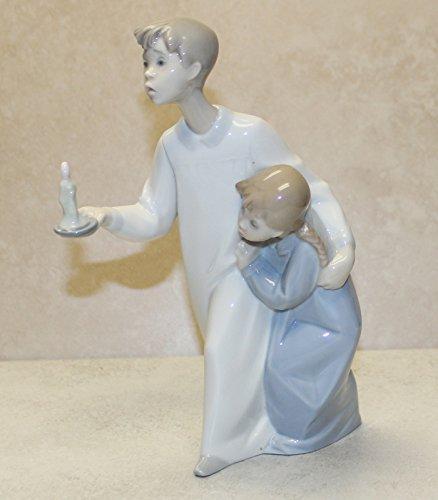 Lladro Figurine, 4874 Boy & Girl