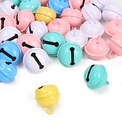 Koogel Kleine Glöckchen zum Basteln, 50 Stück 5 Farben Bunte Metallglöckchen mit Ösen Schellen Glocke Anhänger für Baby Haustier Weihnachten Dekoration DIY 2.5 x 2 cm