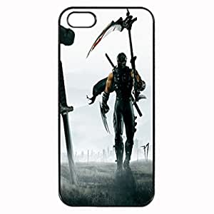 Ninja Gaiden Image Protective Iphone 5s / Iphone 5 Case Cover Hard Plastic Case for Iphone 5 5s