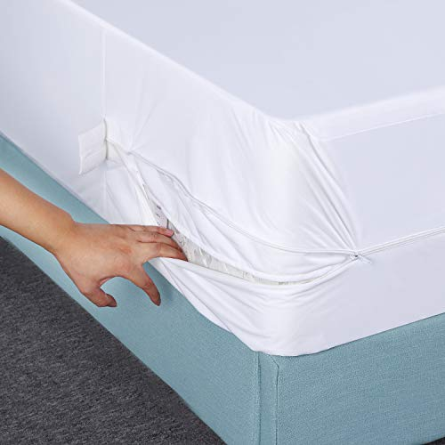 Utopia Bedding Zippered Mattress Encasement Bed Bug