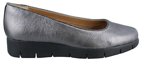 UPC 889304620448, Clarks Women's Daelyn Towne,Pewter Metallic Leather,US 9 W