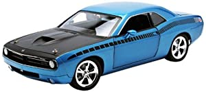 Highway61 1:18 Plymouth CUDA Concept HEMI 2011 blau, 50826 by Highway 61