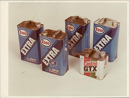 Vintage photo of Esso extra multigrade motor oil.