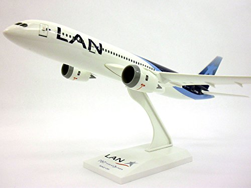 boeing-787-787-8-dreamliner-lan-chile-1-200-scale-model