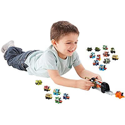 Fisher-Price Thomas & Friends MINIS, James Launcher: Toys & Games