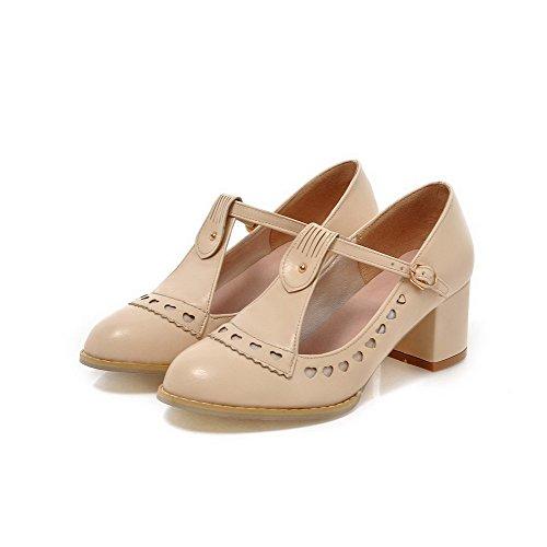 AllhqFashion Damen Weiches Material Schnalle Rund Zehe Mittler Absatz Rein Pumps Schuhe Cremefarben