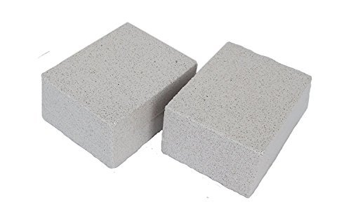KP Solutions 2 Pack Grilling Stone Cleaner 100% Ecological Odorless Griddle Cleaner Handheld Non Slip Grip De-Scaling BBQ Block Construction | Removes Encrusted Greases, Stains, Residues, Dirt & More