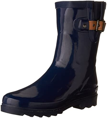 68a237e0fea608 Best Short Rain Boots For Women to Buy on Flipboard by reviewsilk