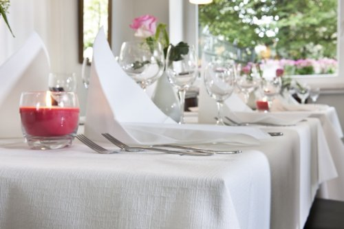 Tisch Decken Pic : Duni evolin tischdecken weiß amazon gewerbe
