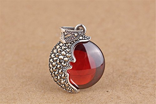 Luoyi 1pc Garnet Moon Pendant, Thai Silver Marcasite Jewelry Findings (C131Y)