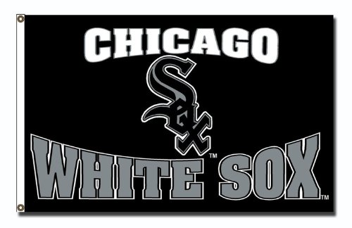 MLB Chicago White Sob 3-Foot by 5-Foot Banner Flag