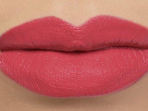 "Matte Vegan Lipstick in shade""Sweetie"" - deep coral pink"