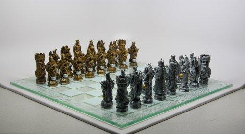 (King Arthur Fantasy Chess Set)