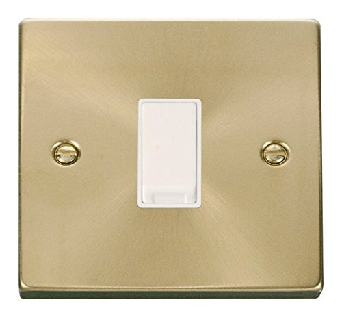 MK 1-Gang 2-Way 10AX Light Switch White by MK