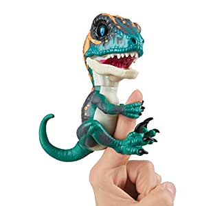 Untamed Raptor by Fingerlings Interactive Collectible Dinosaur  by WowWee Fury (Blue)