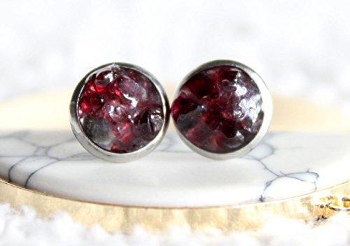 Raw Garnet Earrings, January Birthstone, Garnet Studs, Gemstone Earrings, Gemstone Studs, Crystal Earrings, Crystal Studs, Red Earrings