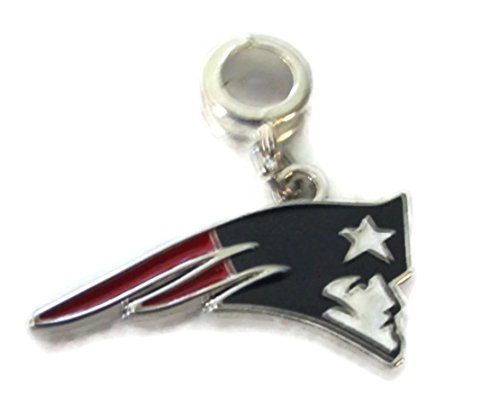 NEW ENGLAND PATRIOTS OFFICIALLY LICENSED CHARM WITH CONNECTOR