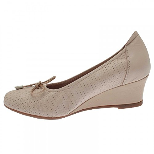 Sabrinas Womens Low Wedge Shoes Beige