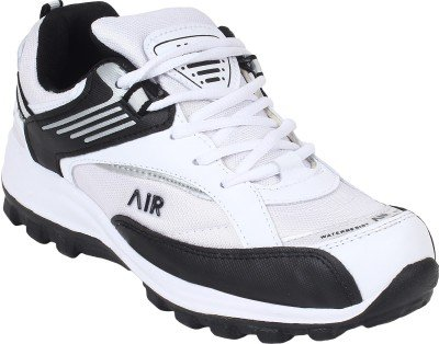 72974ad00143 Hytech Men s Air White Black Running Shoes  Buy Online at Low Prices in  India - Amazon.in