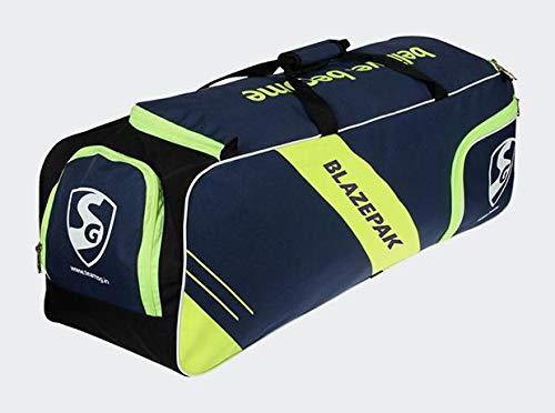 4a059c35c863 SG Blazepak Cricket Kit Kit Bag