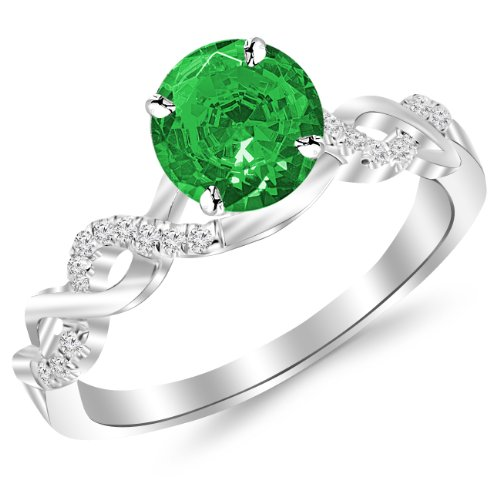 0.5 Ct Emerald Ring - 6