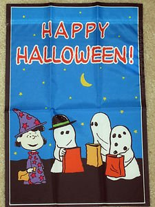 Peanuts Snoopy Gang Happy Halloween Garden Flag 25quot