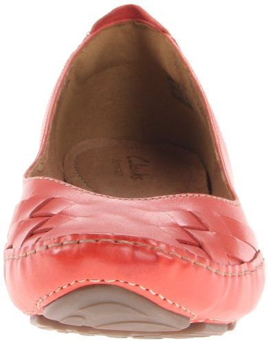 Clarks Mujeres Fara Paige Flat Red