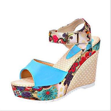 Talones de las mujeres Zapatos Primavera Verano Otoño del Club Comfort PU de la oficina y de vestido de la carrera tacón de cuña Casual Hebilla Azul Rojo Blanco Almendra Caminar White