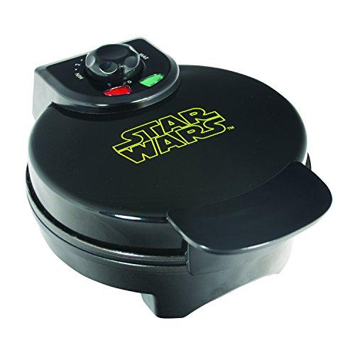 (Uncanny Brands WM-SRW-RD-VAD-B Darth Vader Waffle Maker)