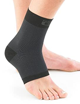 f0eeb993ff NEO G Airflow Ankle Support - MEDIUM - Black - Medical Grade Quality sleeve,  Multi