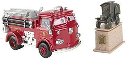 Amazon Com Cars Movie Moments Car Set Stanley Red Toys Games