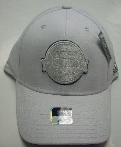 Detroit Pistons Flexfit Hat by AdidasサイズS/M m169z   B00FFEP8GM