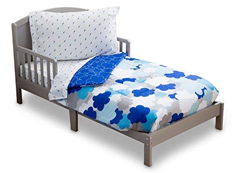 Delta Children Reversible Boys Toddler 4 Piece Bedding Set (Fitted Sheet, Flat Top Sheet w/ Elastic bottom, Fitted Comforter w/ Elastic bottom, Standard Pillowcase) Boys Clouds | Blue, White & Grey (Reversible Blanket Crib)